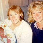 ¿Qué pasa cuando un bebé nace en un avión en pleno vuelo? https://t.co/apDqFAz51P https://t.co/ZR7FuuT3jD