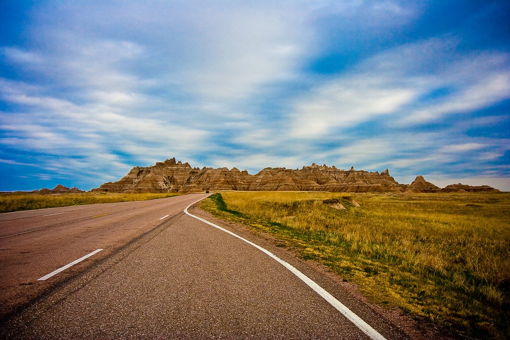 Badlands National Park, South Dakota | Photography by ©Esther Lee https://t.co/QRbX6popc6