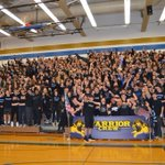VOTE @SchroederSports as 2015-16 Battle of the Fans Champion! Folo @NYSPHSAA & LIKE this by 8am Friday! #NYSPHSAA https://t.co/zynSJBgb7C
