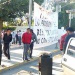 Segundo día de protestan en la @UABJO un grupo de estudiantes de ciencias desconocen a su director #Oaxaca https://t.co/jDDkJbL6FV