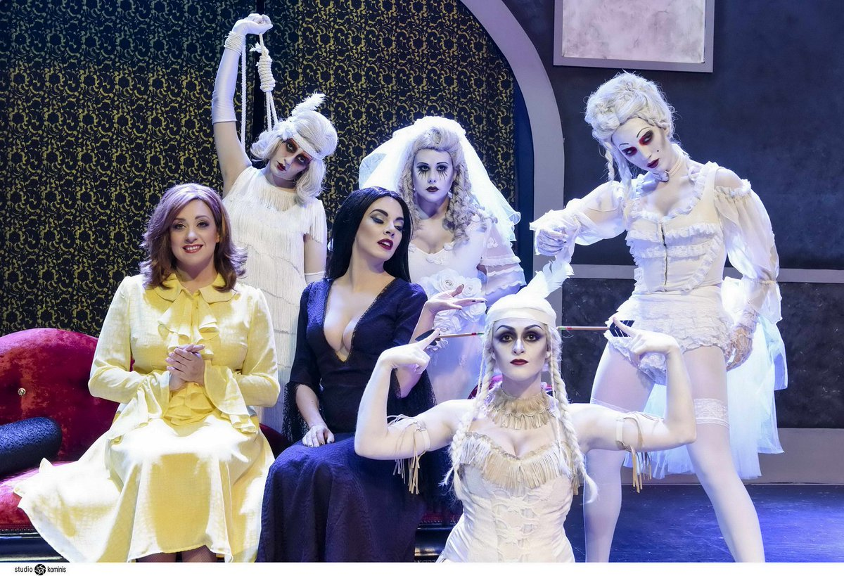Αν είσαι Addams..Kάνε RT & κέρδισε 5διπλές προσκλήσεις για την παράσταση #OikogeneiaAddams την Παρασκευή 12/2 https://t.co/R46CDKNxAN