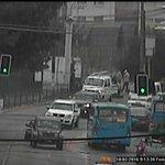 AHORA #ElBelloto: Pista derecha ocupada por vehículos en Av. Freire altura paradero 12/ #Precaución/ 9:13 https://t.co/3sgQxyZI3x