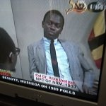 Found the tail-end of this, #DownMemoryLane @ubctvuganda NPC Besigye and Min. Mushega in 1989. Todays host Owana https://t.co/aEojQsiUB8