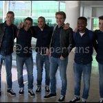 Sergi Samper, Munir, Sandro, Cámara, Gumbau, Kaptoum, Aleñá y Romera durante el viaje del 1r equipo a Valencia #FCB https://t.co/FbiUQlDkOr