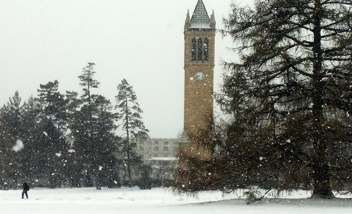Currently on campus. #snowglobe #IowaState https://t.co/d2CcKEFqKB