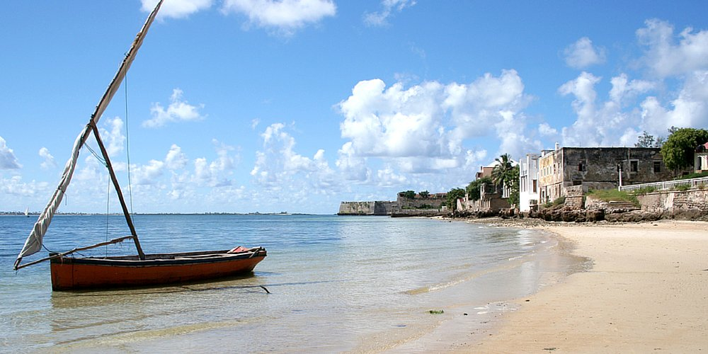 Travel like a local with this guide from Mozambique! (via @traveller_24)