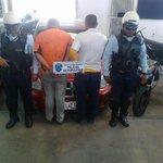 @cpoliciadelara funcionarios motorizados del CCP capturan dos sujetos robando un vehículo https://t.co/ylINYd4yQl