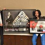 Not 1 but 2 @Rihanna milestones: 1st artist in Gold & Platinum history to earn 100M song awards & #ANTI is #Platinum https://t.co/vFHuHLRbOG