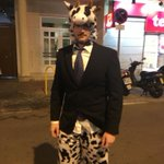 Me comenta @Chapa_96 que casi nadie entendió su disfraz de carnavales.  ESO DEBERÍA SER DELITO. https://t.co/UXwVz52eRb