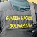 GNB rodea con tanquetas y helicópteros el penal de Tocorón https://t.co/LoeXPtyTkd https://t.co/cIhym0x5XB https://t.co/wA84WZwjiO