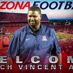 Join us in officially welcoming our new defensive line coach, Vincent Amey! #BearDown https://t.co/ZVVo2Le6fg
