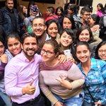 Obvio el selfie era infaltable, siempre con alegría #LaFuerzadelaJuventud #fuerzayfe https://t.co/8pYZA3pYEd