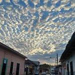 Así estuvo la mañana y tarde el cielo en #Nicaragua #OrgulloDeMiPais #AMORANICARAGUA https://t.co/MkDDeO3gsf