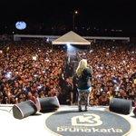 Uma das maiores vozes do cenário nacional, Bruna Karla sobe ao palco da Praça Maria Aragão. #OraSãoLuís https://t.co/RqVYFBMmG1