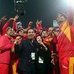 No need for a selfie stick when Mohammad Irfan is around #Cricket #HBLPSL https://t.co/ZFfFfLj13Q