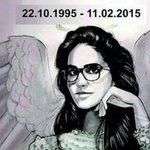 Özgecan Aslan öldürüleli bir yıl oldu! Özgecan Aslan'ı unutmayan ünlü isimler... https://t.co/h3CRJWWiCU https://t.co/2tQWUzebN5