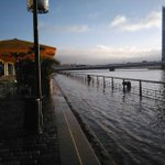 Bordeaux : la Garonne déborde. La circulation très perturbée. https://t.co/wFJgFfSJMa https://t.co/yKF8pcZRmJ