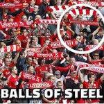 RT https://t.co/XXoyHsMle3: RT GeniusFootball: One brave Manchester United fan! https://t.co/HzVMNPedc3