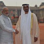 From the forecourt of Rashtrapati Bhavan...PM @narendramodi and HH Mohamed bin Zayed Al Nahyan. @MBZNews https://t.co/vKxvcI5s6c