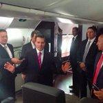 """El Papa viaja en avión comercial; y @EPN presume avión que vale por 3. Ah! Pero es """"avión de Estado""""...de cinismo https://t.co/OicpxanTUw"""