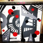 Abstract art by artist Decay found in #Cheltenham @rtchelt #photography #streetart #graffiti https://t.co/RCNRmCTSAo