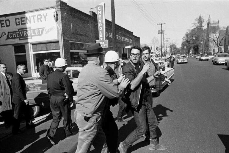 1963 getting arrested fighting segregation. @BernieSanders fighting the power for 50 years. https://t.co/9u52PAVTKj