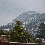 #ISLAMABAD: Snowfall on Margalla Hills depicts pattern of Climate Change https://t.co/Tnlw424hfN