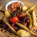 Whos #HungryForTapas? Heres our chargrilled vegetables with romesco sauce. #Manchester https://t.co/mKNdSTBXbz