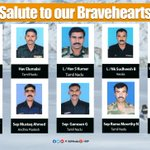 Our heartfelt condolences to the families of bravehearts who lost their lives in Siachen avalanche. https://t.co/xVAtw68mIh