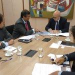 Gov. @FlavioDino apresenta plano de investimento do governo do Maranhão ao ministro do Planejamento Valdir Simão. https://t.co/SuCF4oIsnD