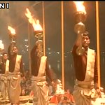 People pay tribute to Lance Naik Hanamanthappa in Varanasi (UP) https://t.co/ZQVT7xziDH