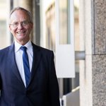 Kamp: Nederlandse economie sterk in onzekere wereld. Economie groeit in 2015 met 1,9%. - https://t.co/RfZT3l1xh9 https://t.co/Em4EHGGV4g