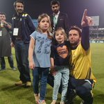 Shahid Afridi with his cute princesses ! #RiseZalmiRise https://t.co/JlK72Gmd3S