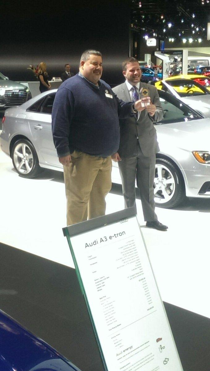 Found @Car_Guy_Tom from @cgautomotive #CAS16 https://t.co/wgJaCdM8VI
