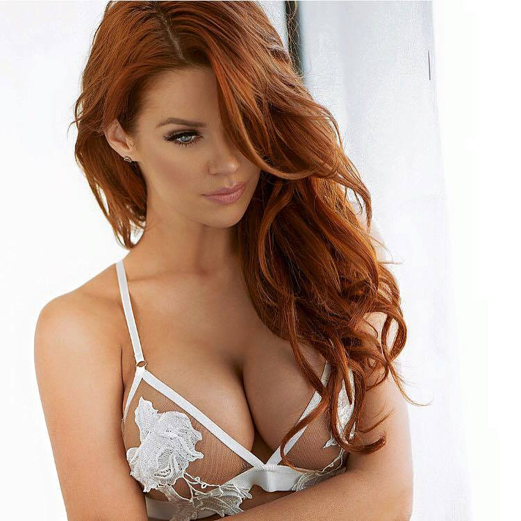 Fiery redhead turns heads and wins over hearts for #modelmonday UJ5gvaYw7H