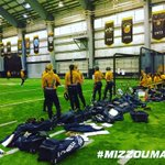 Wrapping up the last intersquad before Saturdays Black & Gold Game https://t.co/hXa2TZqBBT