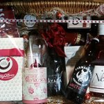 Win a Luxurious Valentines Day Champagne Hamper from @Wine_Works Delivers!   RT & CLICK https://t.co/7IpdF5HnAi https://t.co/m5WTYDi5xB