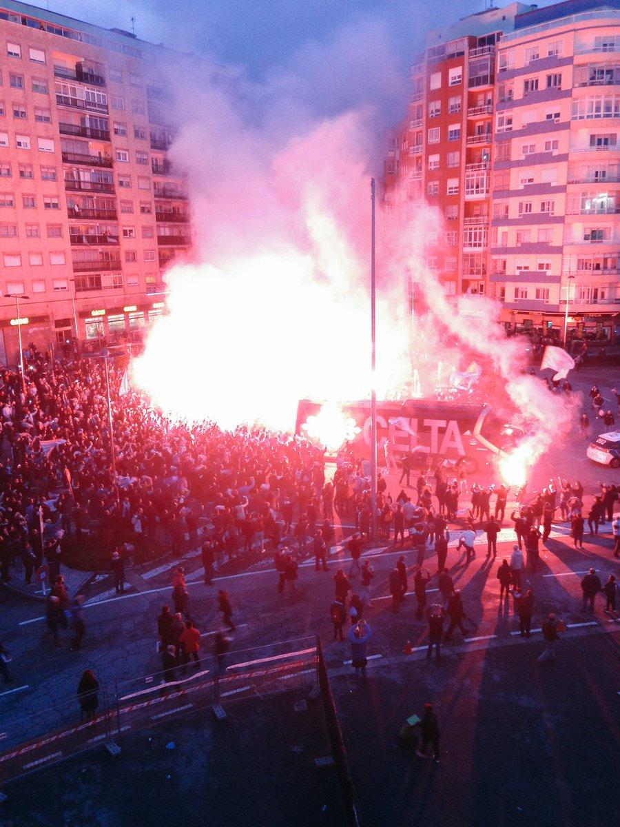 Lume en Balaídos. O Celtismo cre. #RCCVAPorEles #BalaídosMarcaOPrimeiro https://t.co/NJn4k3UIMl