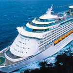 Dramáticos relatos de pasajeros del crucero de Royal Caribbean  https://t.co/vcVdbw8mhE https://t.co/YPAQOWFDwD
