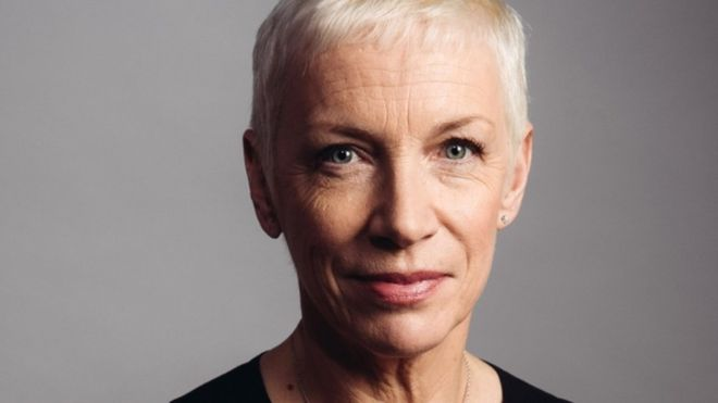 Annie Lennox awarded the Livingstone Medal by the Royal Scottish Geographical Society - https://t.co/ZJhanqcAqb https://t.co/GCNaRACG7f