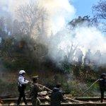 El incendio de Circuito Presidentes casi esquina 20 de Noviembre es, literalmente, una cortina de humo. #Xalapa https://t.co/4bzhvWTfOa