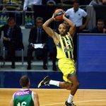 3. Çeyrek Sonucu | #Fenerbahçe - @unicajaCB: 61-45 https://t.co/ZWnIAiLy3O