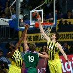 Üçüncü Çeyrek Sonucu | Fenerbahçe 61-45 Unicaja Malaga #Top16 https://t.co/97r0IOOGru