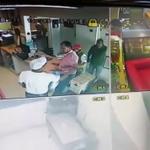 #Video Levantan a 4 jóvenes en el puerto de #Veracruz https://t.co/g4yQb2SJNR --> #Xalapa #BocaDelRio https://t.co/tEjlCzItiJ
