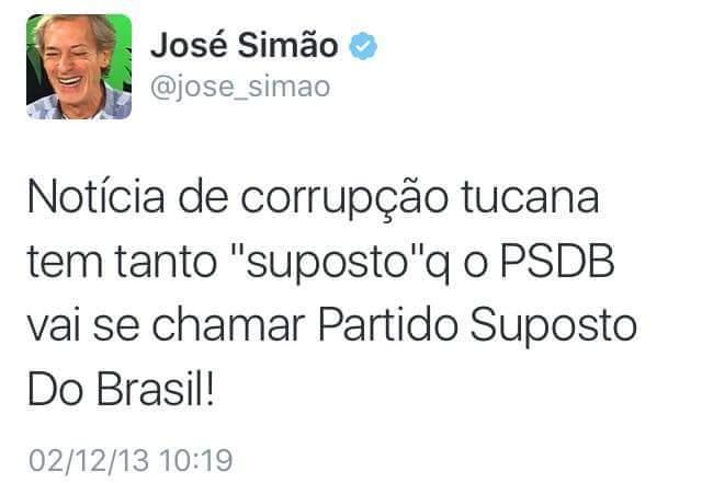 Perseguido pela mídia golpista durante anos, Lula aparece em 1º lugar no IBOPE. #17VouComLula https://t.co/HDZZR2PQOq