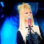 Serata Cover. Patty Pravo si rifà. Unaltra volta. #SanremoCeres #Sanremo2016 https://t.co/k2K8B421Hv