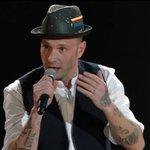 """.@CLEMENTINOIENA canta """"Don Raffaè"""" di De Andre. Rap e poesia che si fondono. Vi piace? A noi si! #Sanremo2016 https://t.co/cxFV8gi474"""