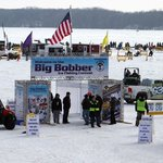 2016 Big Bobber Deemed Unqualified Success | $50000+ Raised for Student-Athlete Scholarships https://t.co/zHorrV9ROi https://t.co/a2VlJV5wpM