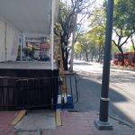 Gracias por invadir el paso peatonal en insurgentes @locatel_mx @supercivicosmx @SSP_CDMX @GobCDMX @ManceraMiguelMX https://t.co/RrNo5pkcyC