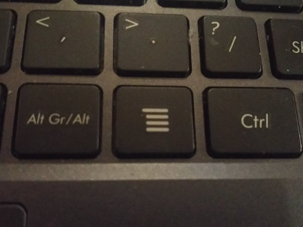 I use my tablet every day but I can't think of a single time I have used this button... https://t.co/oJHDbDD8mK